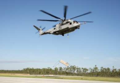 CH-53K Demonstrates Dual Hook Jettison for First Time