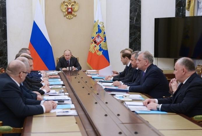 Putin: Russia's Weapons Export In 2017 Exceeded $15 Billion