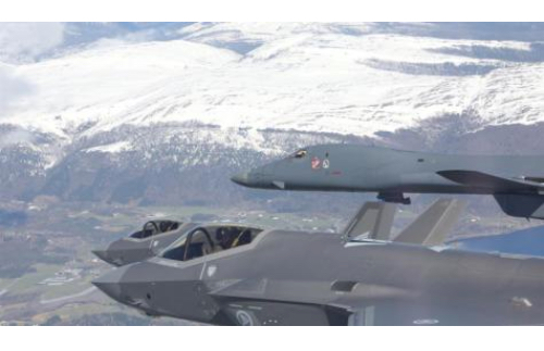 US Bombers Exercise in Sweden