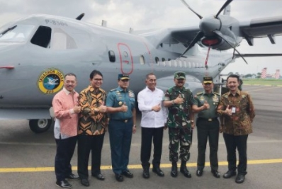 Aircraft Maker Hands Over 5 Helicopters, One Aircraft to Defense Ministry