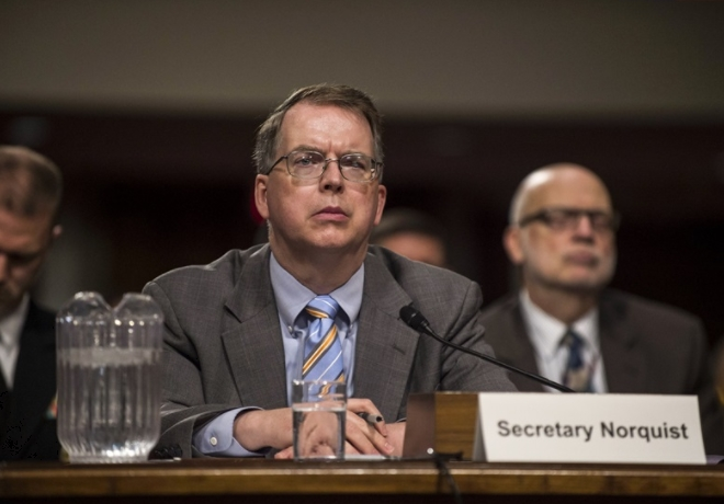 DoD Owes Taxpayers Full Accounting of Assets, Comptroller Tells House