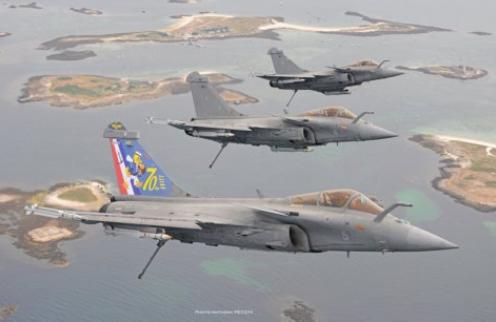 Landivisiau Naval Air Base Receives First Rafale F3-R