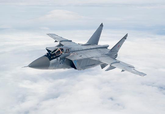 Three Modernized MiG-31BM Fighter Interceptors Join Air Regiment of the Central MD in Prikamye