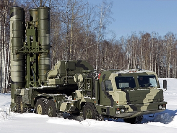 Air Defence Missile Regiment Armed with A New S-400 Surface-to-Air Missile System Was Put On Combat Duty In the Moscow Region